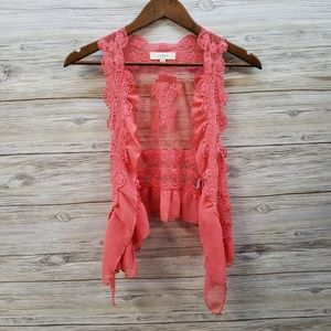 Umgee Coral Lace Vest With Tulle Trim Small